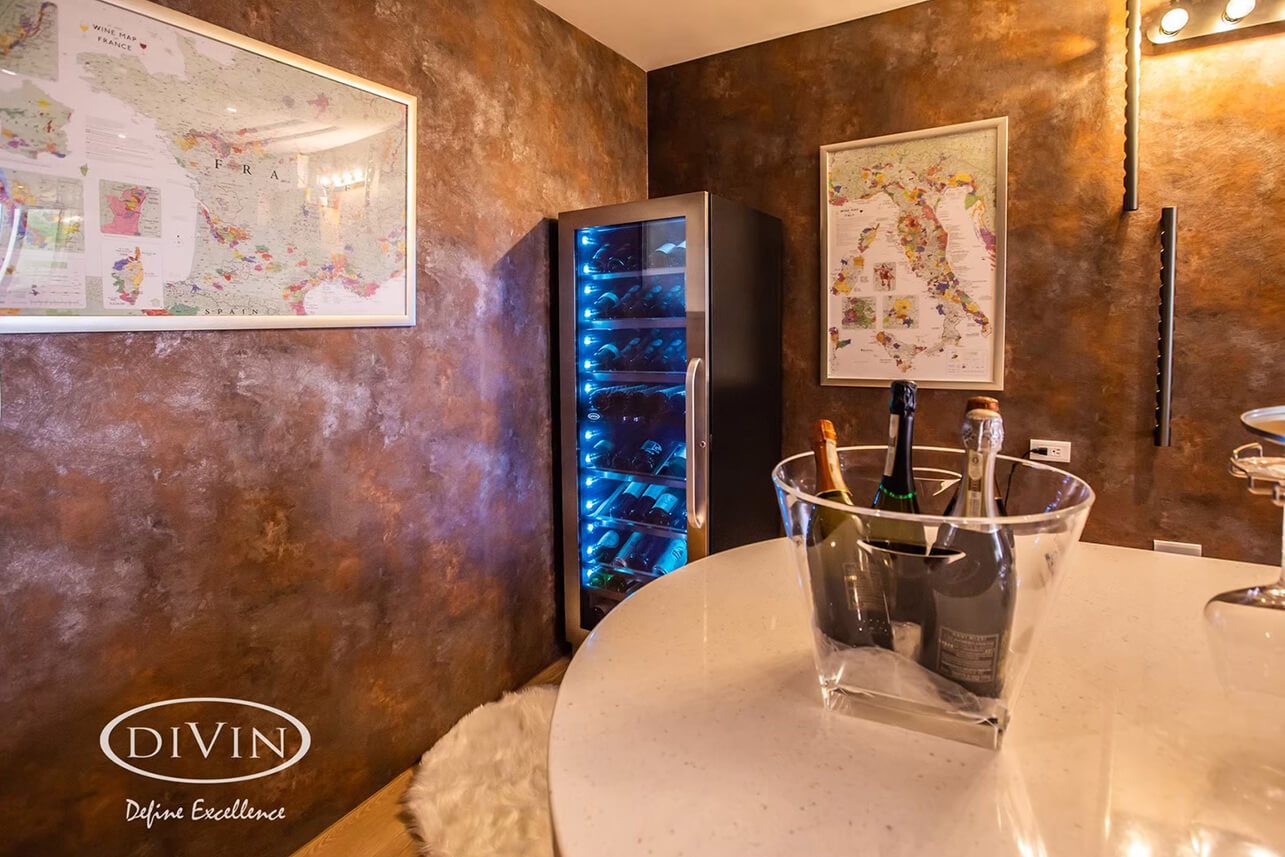 Taichung: Private Home Tasting Room (DV-568DSD Dual Zone Wine Fridge)